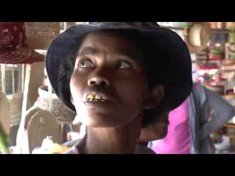 MADAGASCAR - 09 - Malagasy Market (Part 1)