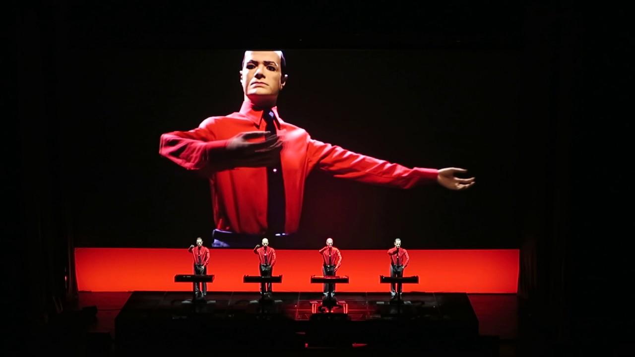 Kraftwerk 3D The Robots Live 2017 05 21 @ Salle Reine ...Kraftwerk The Robots