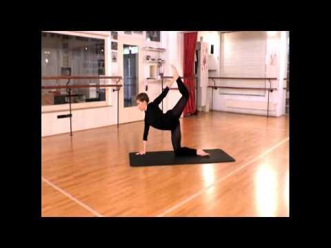 Ballettschule Steigerwald Oldenburg -Ballett - Boden Training mit Anna Boboeva