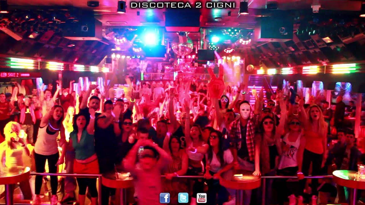 spot italia 1 discoteca 2 cigni youtube