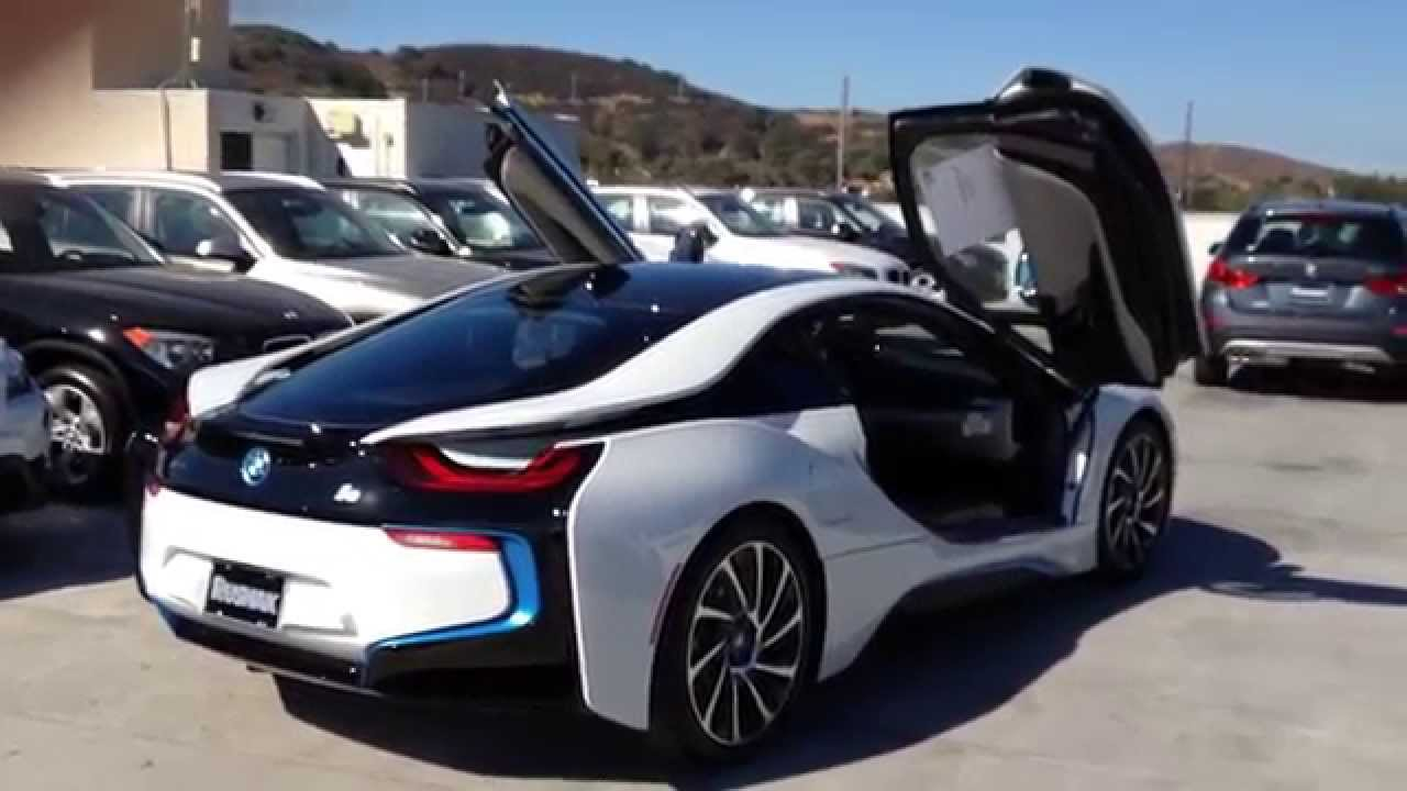 new bmw i8 walk around crystal white pearl metallic with dalbergia
