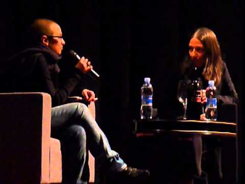 JULIA KENT interview @teatro soragna 17/FEB/2013