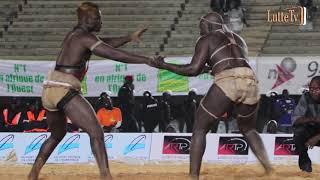 Revivez en intégralité le  combat Boy Niang 2 vs Ndongo Lô...
