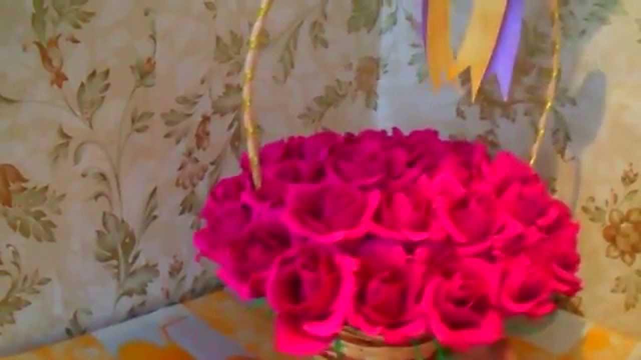 Корзинка с цветами бумажными