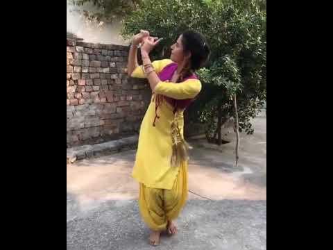 Punjabi Kudi Ke Dance Ne Dil Chu Liya