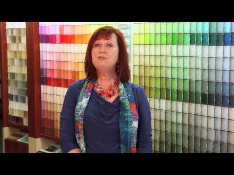 Paint Colors for Kitchens With Light Cabinets & Stainless Appliances : Painting Choices & Tips