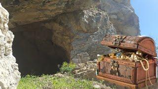 Define İçin Uçurumdaki Mağaraya Tırmandım Veee....