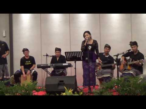 Juru Pencar - Ratu Anom - Curik-curik (balinese traditional folk song) by Balinesthesiacoustic