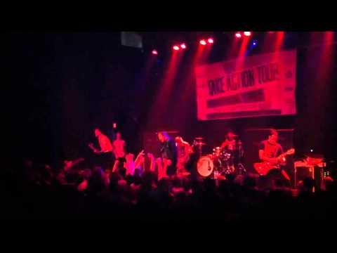 Silverstein - The Artist - Omaha -  live 2