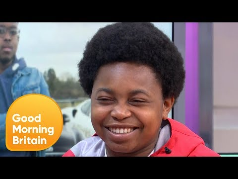 Ben and Ranvir Taste Test Burgers With The Chicken Connoisseur | Good Morning Britain thumbnail