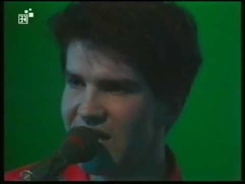 Lloyd Cole, 'Charlotte Street, live, 1985