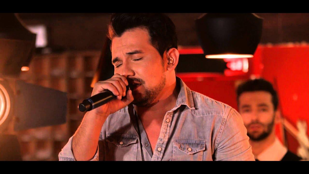 """Download Ivan e Alexandre - Pedindo Amor/ Por Deus/ Iolanda (DVD) """"Ao Vivo em Goiânia"""""""