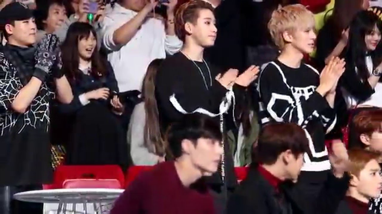 MY FAVOURITE IDOLS REACTIONS TO OTHER IDOLS PERFORMANCES | K