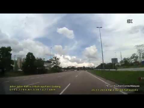 Pasir Gudang Highway Nov 2014