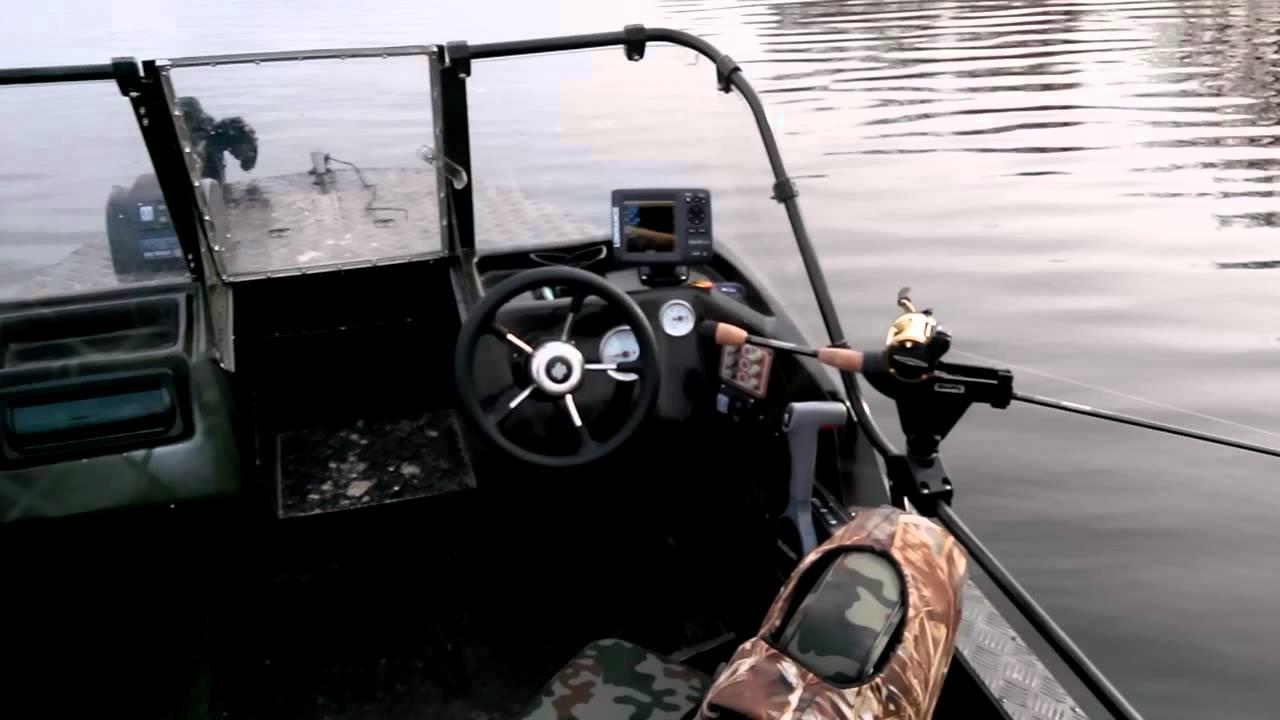 видео троллинга мотором сузуки 2.5