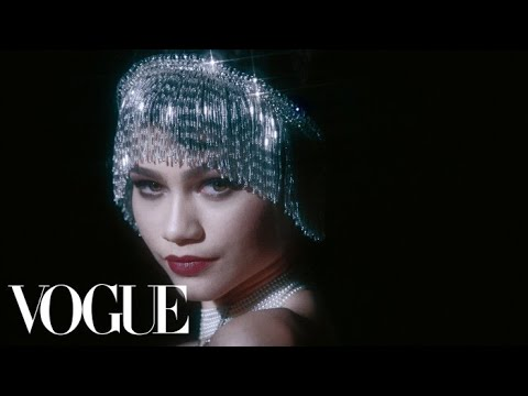 Zendaya Does 100 Years of Beauty | Vogue - Видео онлайн