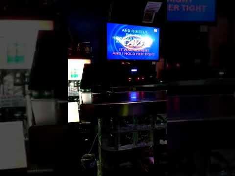 Karaoke in Honolulu part deux