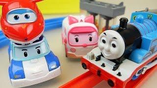Tomas train and Robocar Poli SuperWings rail toys play