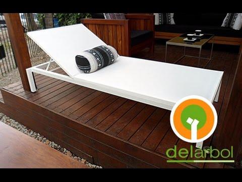 Reposeras de madera para jardin y exterior del for Muebles de exterior madera