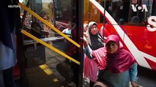 Безкоштовний квиток на автобус – в обмін на пластикові пляшки. Відео(, 2018-11-02T17:16:14.000Z)