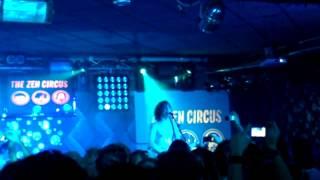 The Zen Circus - Aprirò un bar in centro Live@Blackout 8 Novembre 2012