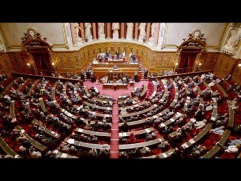 البرلمان الفرنسي يقر مشروع قانون الهجرة واللجوء الجديد المثير للجدل