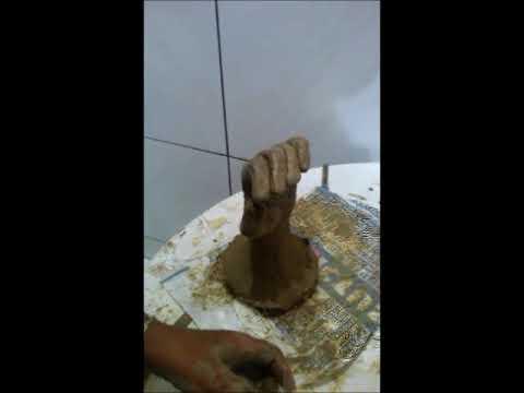 Como moldar Mão de argila