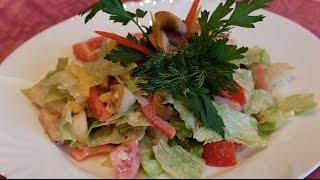 Салат из ветчины,грибов и сыра.