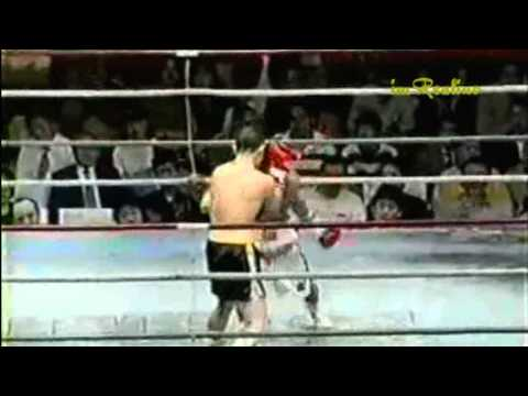 19-yr-old Manny Pacquiao vs Japanese Fighter (Funny)