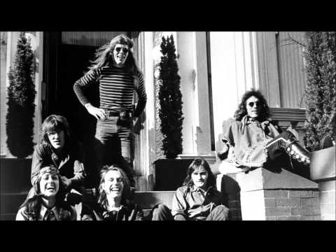 Volunteers-Jefferson Airplane (Lyrics)