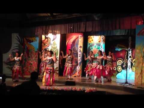 Tuvalu students on Pacific feast 2013 in CUba