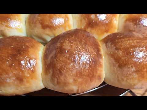 restez-chez-vous-avec-cuisine-maliya-préparation-de-pain-au-yaourt-pain-moelleux-et-délicieux