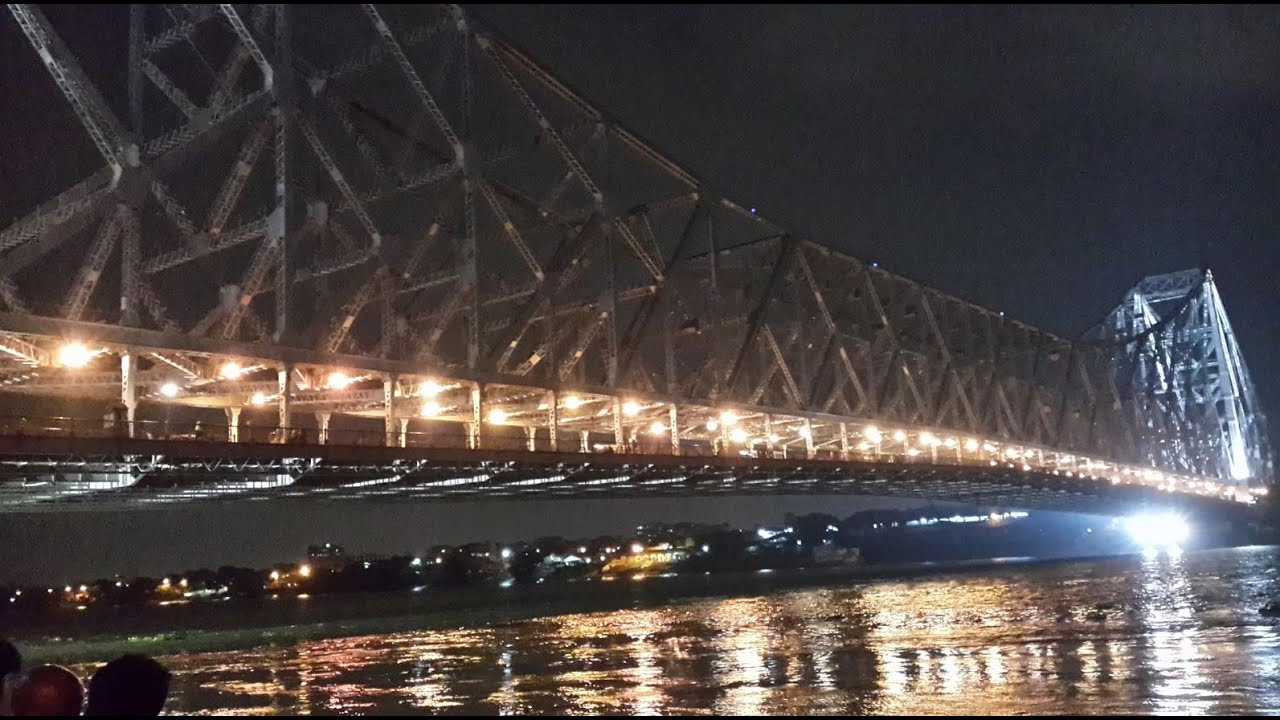 Howrah Bridge of Kolkata during night - YouTube