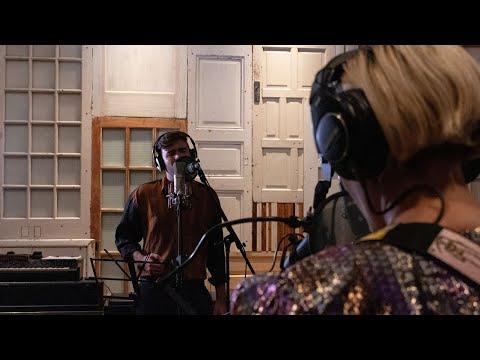 UN DÍA PLANTÉ UNA ROSA | Paz Court  feat. Benjamín Walker (Desde Panoram Studios)