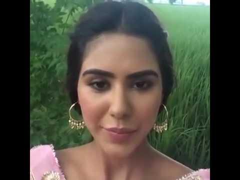 A Vekhlo Sonam Bajwa Te Ammy Virk Ki Karde