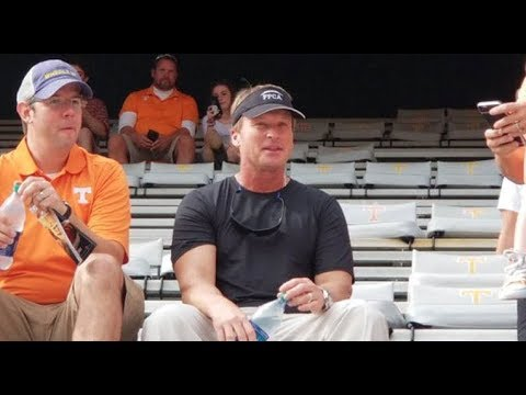 Pros & Cons of Jon Gruden being the next coach for Tennessee Vols Football