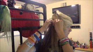 Putting in Hair Extentions Thumbnail