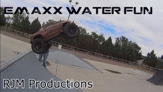 Fun in the mud with my Brushless Emaxx