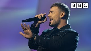 Liam Payne performs 'Stack It Up' - Michael McIntyre's Big Show | BBC