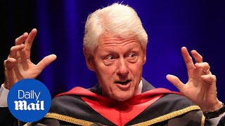 Bill Clinton recalls a joke Hillary made about him - Daily Mail