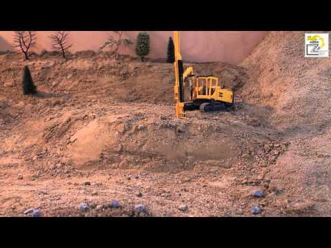 Práca mobilnej vŕtnej súpravy (The work of mobile drilling rigs) [Timelapse] [HD]