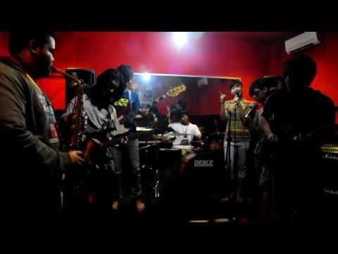 kala cinta menggoda ( new cover) with saxophone by JWU