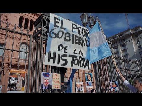 شاهد: احتجاجات في الأرجنتين ضد التمييز في عملية التلقيح ضد كورونا …  - نشر قبل 5 ساعة