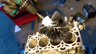 Deglaze Honing of a Ford Duratec 2.3 l Engine