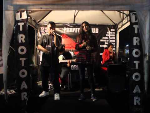 Live Acoustic Marga O's Tribe - Kita (Produced by TatzBeatz & Panca) at Lippo Plasa Batu