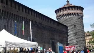 Замок Сфорца в Милане - достопримечательности Милана(Миланский замок Сфорца находится Piazza Castello. Главная достопримечательность 15 века в Милане. Видео подготовле..., 2016-05-06T19:46:27.000Z)