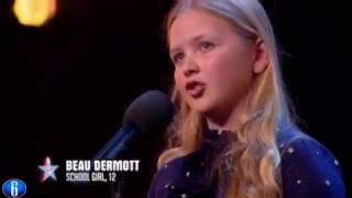 Потрясающе сильный голос у девочки 12 лет. Классно спела на шоу