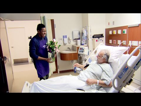 Newlyweds Donate Expensive Wedding Flowers to Hospital Patients