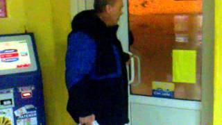 я тут рядом живу)(Мужик пьяный зашёл в магазин за пивом, а штаны одеть забыл), 2012-02-17T19:45:33.000Z)