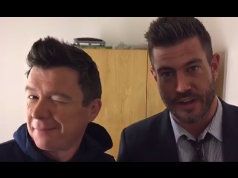 Rick Astley Interview with Ginger Zee, Jesse Palmer | GMA Backstage